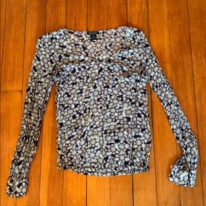 Tops - Floral patterned blouse
